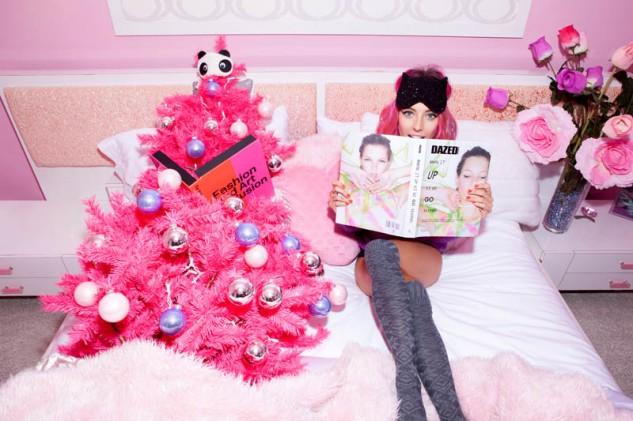 800x533xnasty-gal-gift-shop3.jpg.pagespeed.ic.UlpeFEWCGU